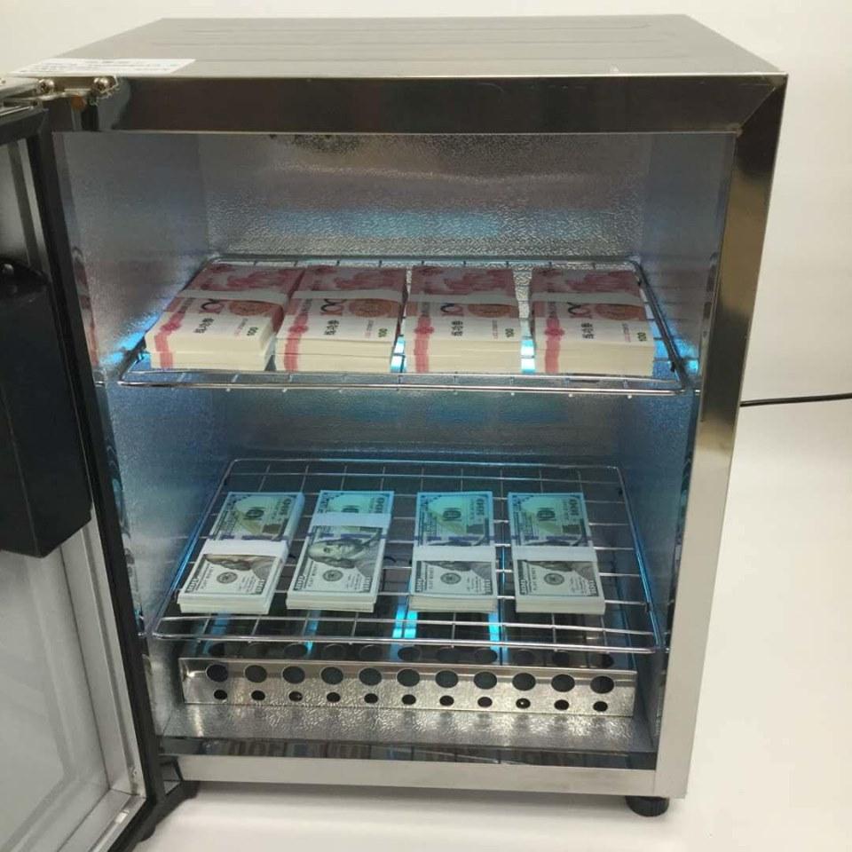 Máy khử trùng và diệt virus tiền